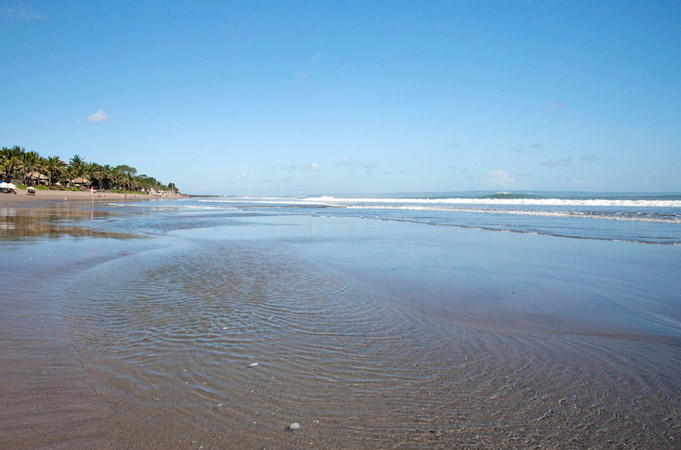 beach water seminyak