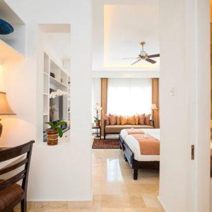 bright room hotel seminyak