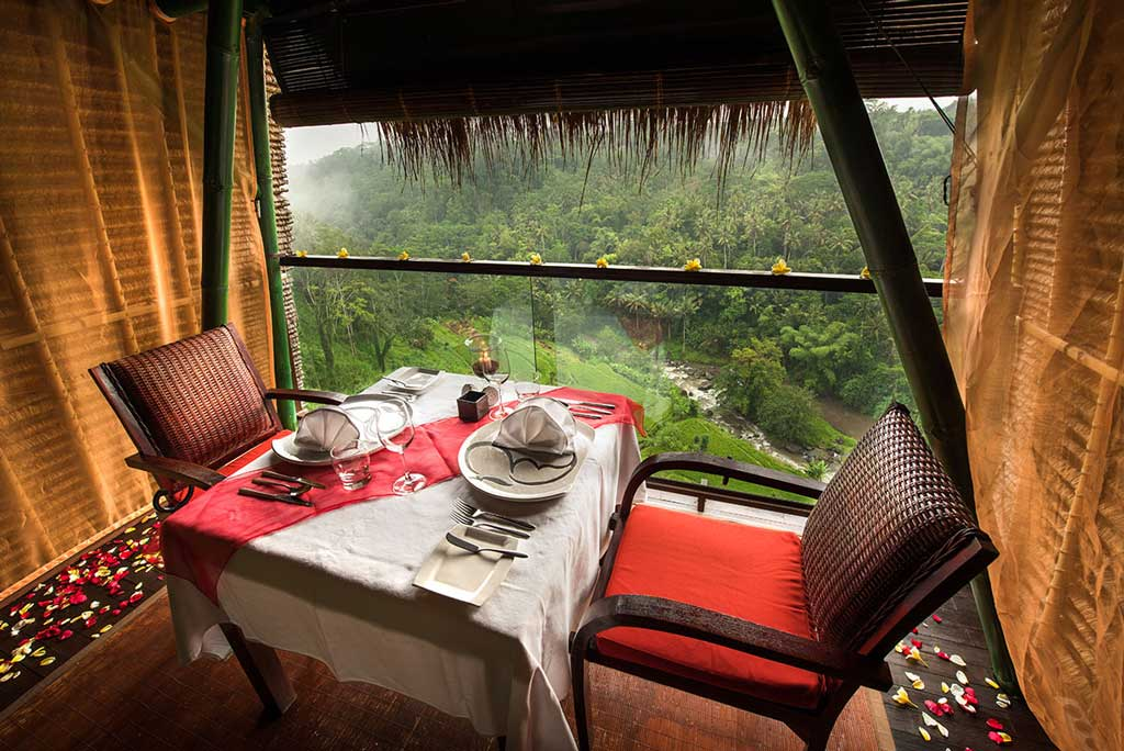 Bali S Best Restaurants With A View For The Perfect Valentine Dinner Date Colony Hotel
